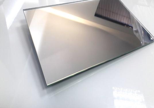 Лист зеркала