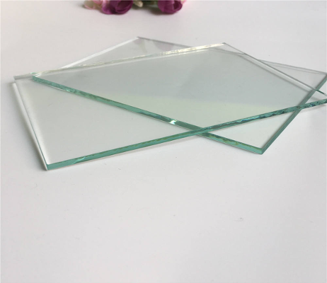 Листы из стекла